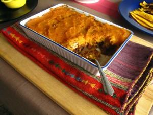 Картофельная запеканка с бараниной и овощами